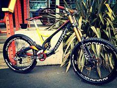 Devinci Wilson w/ Fox Float 40 Montain Bike, Mt Bike, Skateboard, Downhill Bike, Push Bikes, Bicycle Maintenance, Bike Style, Bicycle Design, Bike Trails