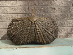 Early Large Green 19thC Buttocks Basket from Ohio or Pennsylvania Area