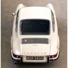 Classic Car News Pics And Videos From Around The World Porsche Classic, Bmw Classic Cars, Porsche 911 S, Porsche Sports Car, Porsche Carrera, Ferdinand Porsche, Cool Sports Cars, Sport Cars, Vintage Porsche