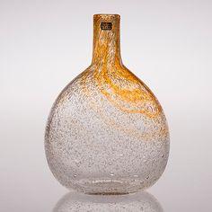 OIVA TOIKKA, pullo, signeerattu Oiva Toikka Nuutajärvi Notsjö. Glass Vessel, Glass Art, Glass Design, Design Art, Kosta Boda, Finland, Modern Contemporary, Scandinavian, Retro Vintage