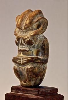 Hongshan amulet. c. 3000-2000 bc