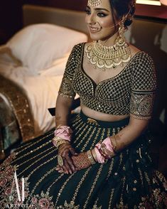 Explore shaadidukaan india's collection of Bridal Solo Poses In Wedding Lehenga images on Designspiration. Indian Bridal Outfits, Indian Bridal Lehenga, Indian Bridal Wear, Indian Designer Outfits, Indian Dresses, Stylish Blouse Design, Fancy Blouse Designs, Bridal Blouse Designs, Saree Blouse Designs