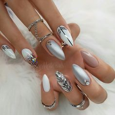 Wedding Nails-A Guide To The Perfect Manicure – NaiLovely Elegant Nails, Classy Nails, Stylish Nails, Cute Nails, Classy Nail Designs, Red Nail Designs, Beautiful Nail Designs, Silver Nails, Red Nails