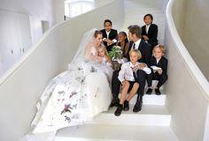 Celebridades que desenharam seus vestidos de noiva