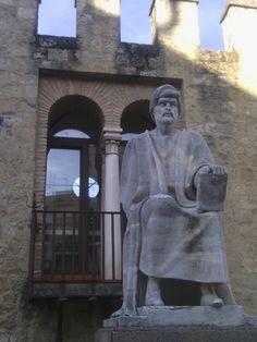 Estatua de Séneca en Los Martires.