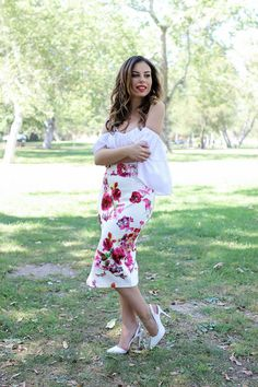 Floral Skirt Outfit Idea
