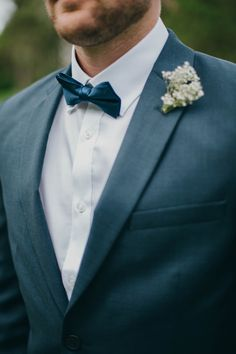 bow tie, baby's breath boutonniere www.emmalee-photography.com