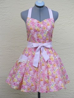 OOAK Shabby Chic Roses Full Apron Full of by ApronsByVittoria, $36.00