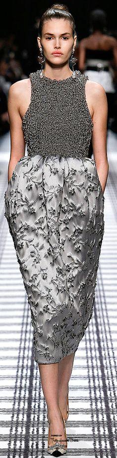 Paris Fadhion Week.          Balenciaga.         Fall 2015.         Ready-To-Wear.