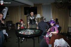 CCS-ninja-blush-athena-pink-cosawesome-theskim-theskimdotnet-cosplay-girl-tiny-tina-borderlands-axton-lilith-poker