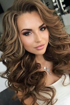 Extended Big Curly Layered Hair do Full Fringe Synthetic Capless Women Wigs 24 In . Pageant Hair, Hairstyles With Bangs, Trendy Hairstyles, Sweet 16 Hairstyles, Beautiful Hairstyles, Medium Hairstyles, Prom Hairstyles For Long Hair Half Up, Half Up Half Down Hairstyles, Curly Wedding Hairstyles