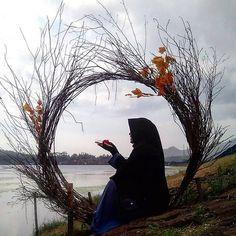 Beautiful Hijab Girl, Beautiful Muslim Women, Anime Muslim, Muslim Hijab, Hijabi Girl, Girl Hijab, Hijab Dpz, Niqab Fashion, Muslim Women Fashion