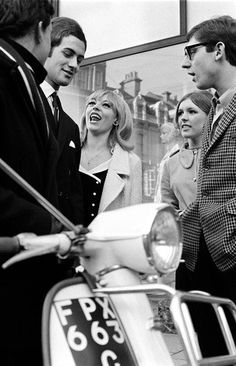The look of the Mods was Global Fashion Space Loves ... classy; they mimicked the clothing and hairstyles of high fashion designers in France and Italy; opting for tailored suits, which were topped by anoraks that became their trademark.