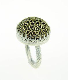 Filigree ring set in sterling silver