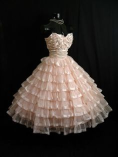 organza 50's dress! A little less pouf and perfect!!