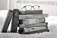 Stack Of Books, Vintage Books, Book Images , Photos , Free Stock Images Good Books, My Books, Reading Books, Free Books, Story Books, Music Books, Book Club Books, Book Lists, Books To Read Before You Die