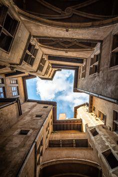 Pierre L & # Excellent – The eye of the architect Paris Itinerary 3 Days, New Architecture, Lyon France, Lumiere Lyon, Lyon City, European Destination, Rhone, City Break, Live