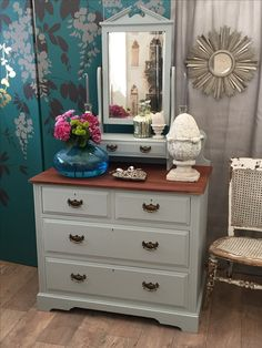 Unique Furniture, Shabby Chic Furniture, Dresser As Nightstand, Antiques, Table, Home Decor, Antiquities, Antique, Decoration Home