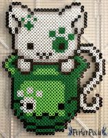 Patty's Day Kitty by PerlerPixie on DeviantArt St. Patty's Day Kitty by PerlerPixie on DeviantArt Melty Bead Patterns, Pearler Bead Patterns, Perler Patterns, Pearler Beads, Fuse Beads, Beading Patterns, Baby Mickey, Kawaii, Pixel Art