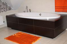 Pomarańczowe dywaniki łazienkowe