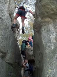 La varappe, l'une des multiples activités à pratiquer en forêt de Fontainebleau!