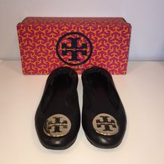 Tory Burch black and gold flats Almost new!!! Hardly any wear! Only worn a few times, no scuff or scratches. Great condition. Tory Burch Shoes Flats & Loafers