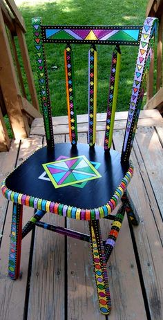 Painted Chair and other furniture, frames, etc. Art Furniture, Funky Furniture, Colorful Furniture, Repurposed Furniture, Furniture Projects, Furniture Makeover, Furniture Stores, Painting Furniture, Furniture Chairs