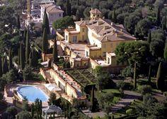 2 – Villa Leopolda, Riviera Francesa. Avaliada em 506 milhões de dólares, a Villa Leopolda é a mansão mais cara de toda a Europa.