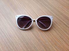 óculos branco