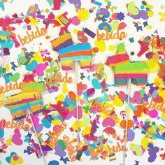 Mini Piñata Toppers and Hola Confetti  #caketopper #fiesta #decorations #cake #pinatas #mexicanparty #minipinata