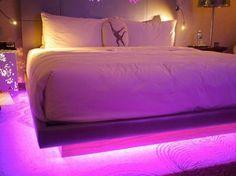 Modern Floating Bed Design with Under Light Ideas 2 Bed With Led Lights, Bed Lights, Room Lights, Led Light Bed, Bedroom Inspo, Bedroom Decor, Bedroom Ideas, Under Bed Lighting, Deco Led