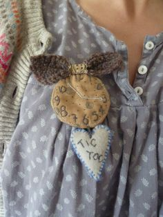 Mad hatter watch brooch by Thecraftenook on Etsy, £10.50