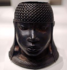 Head of an Oba, Edo brass sculpture from the court of Benin, Nigeria, 16th century