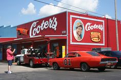 Cooter's Garage -Dukes of Hazard Museum -  TN