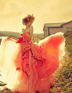 Jak wyobrażasz sobie swój ślub? Mamy dla Ciebie mnóstwo inspiracji: http://www.zyjintensywnie.pl/jestes-na-tak/