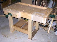 Add 3 inches in width and this would be the perfect size for my table saw workstation, especially with the tail vise. Woodworking Bench Vise, Jet Woodworking Tools, Woodworking Projects For Kids, Teds Woodworking, Wood Projects, Sketchup Woodworking, Woodworking Magazine, Woodworking Crafts, Kids Workbench