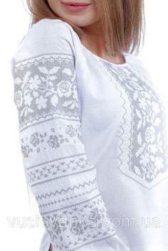 Купить Вышитая серым орнаментом белая блуза с рукавом в Киеве, цена, отзывы | Вышиванко