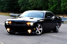 Dodge to auction first Challenger Hellcat for charity |