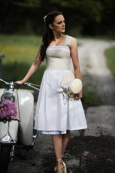 new styles 0a01e c62ee 11 Best Trachten images | Dirndl, Trousers, Pants
