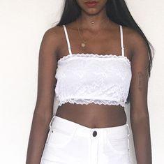 0fdd0a6f99 Look all white com top faixa branco e calça branca