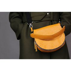 Mustard saddle leather bag (460 PEN) ❤ liked on Polyvore featuring bags, handbags, shoulder bags, zip purse, real leather purses, leather saddle bag handbags, leather saddle bags and leather flap handbags