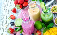 Your complete guide to making smoothies for hormone balance, including tips on the best ingredients to use and hormone balancing detox smoothie recipes. Natural Liver Detox, Best Liver Detox, Liver Detox Cleanse, Natural Detox Drinks, Detox Smoothie Recipes, Smoothie Diet, Detox Recipes, Fruit Smoothies, Making Smoothies