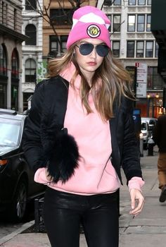 Gigi Hadid Photos - Gigi Hadid Out and About in New York - Zimbio