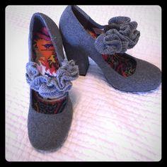 New grey maryjane heels New heels by Rocketdog. Grey wool fabric and cute sweater ruffle detail. Never worn. Stacked heel. Cute look for winter! Rocket Dog Shoes Heels