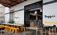 Rozzi's Italian Canteen reflects the heart and soul of Italian style food, showcased in a friendly, home-style kitchen environment.