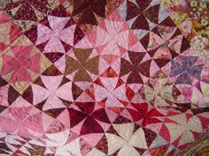 Correction: I went to the Marble Falls Quilt Guild meeting TODAY, WEDNESDAY, NOT tomorrow Thursday as reported in the blog post below. Many apologies, I hope you were not inconvenienced by this....
