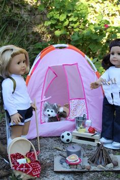 MADE: Pieces For Reese: pretend play, tons of stuff to make for American Girl dolls