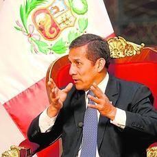 Ollanta Humala: «Si le va mal a Venezuela, le irá mal a Sudamérica»  El mandatario peruano, que este martes comienza una visita de Estado a España, asegura que siempre rechazó las críticas de que su país iba a ser una réplica de Venezuela: «Tenemos una economía más diversificada»