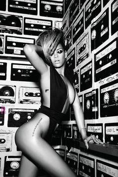 Rihanna has such an amazing body