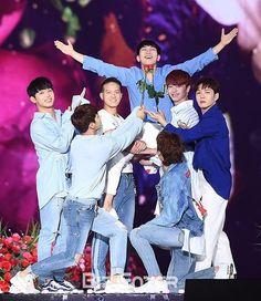 20180802 BTOB performing at Korean Music Festival 2018 💙💙💙💙💙💙💙💙 ©as tagged